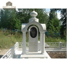 Памятник из белого мрамора № 5  — ritualum.ru